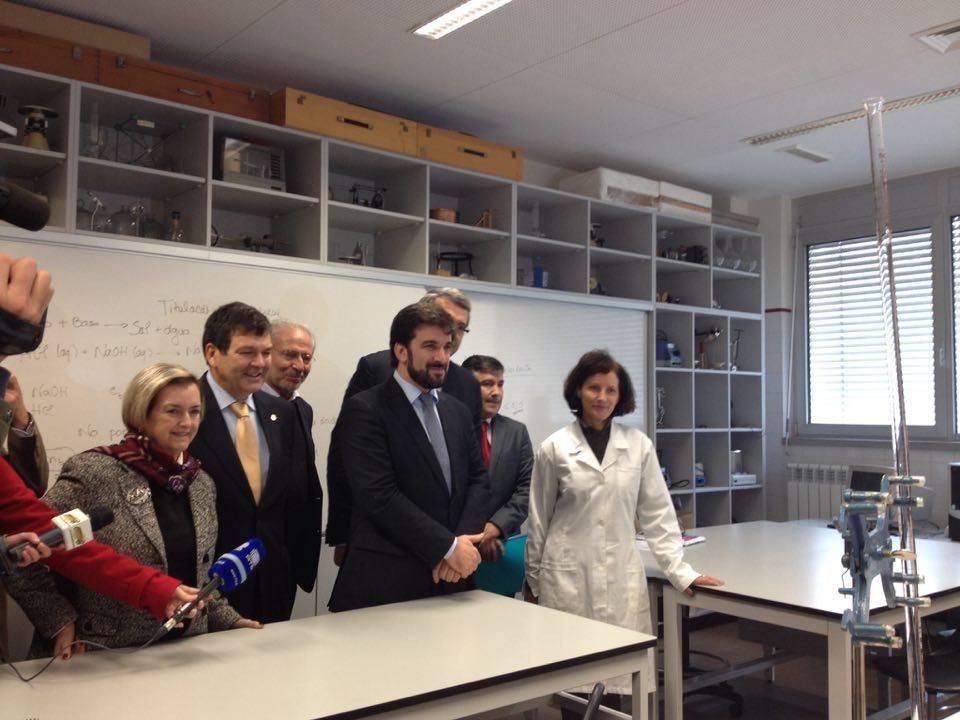 Tiago Brandão Rodrigues, ministro da Educação, visitou as instalações da Escola do Búzio