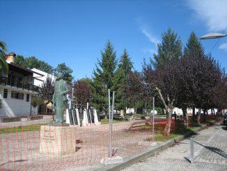 Requalificação do jardim de Macieira de Cambra em curso