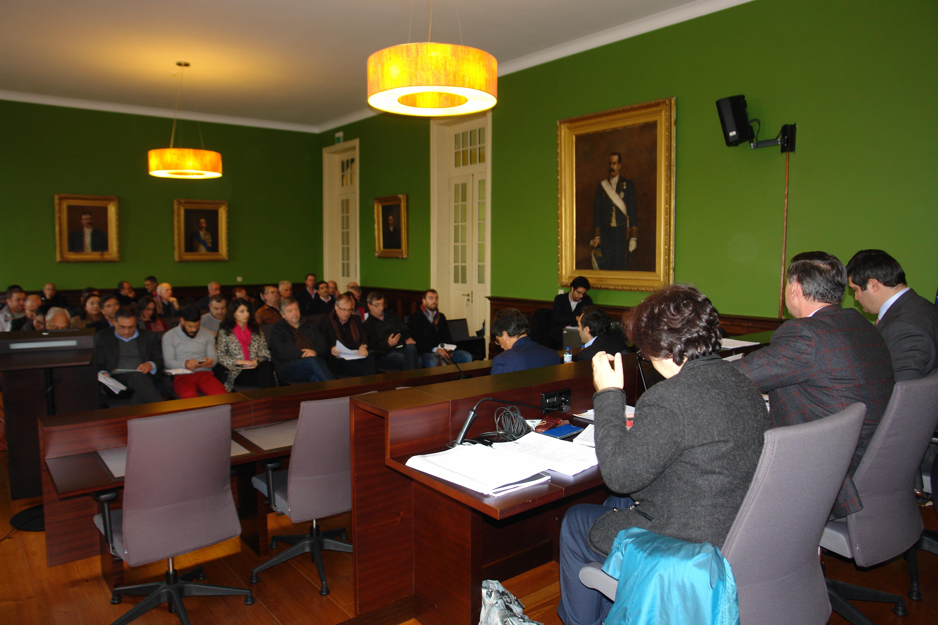 Assembleia Municipal de Arouca reprovou taxa de participação no IRS para 2018
