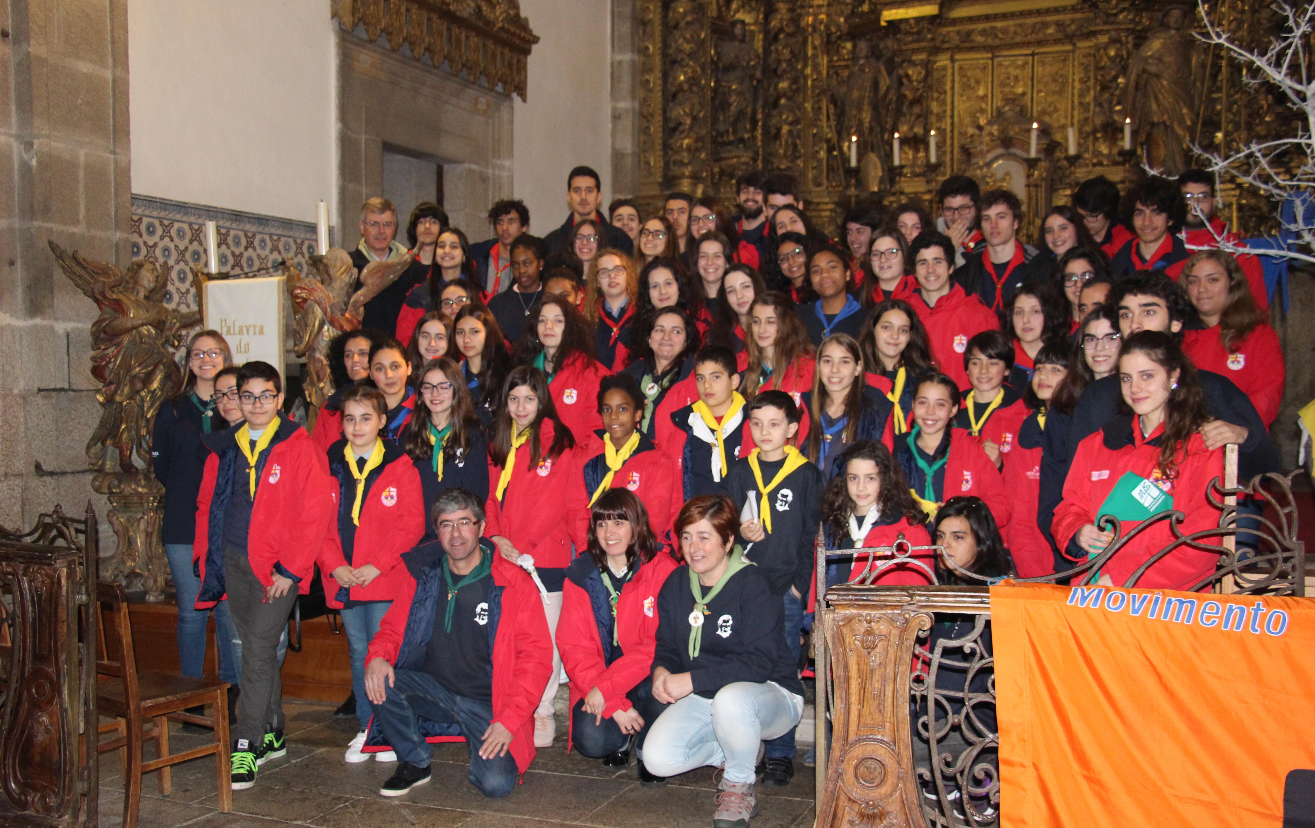 Movimento Juvenil Salesiano em festa de compromisso