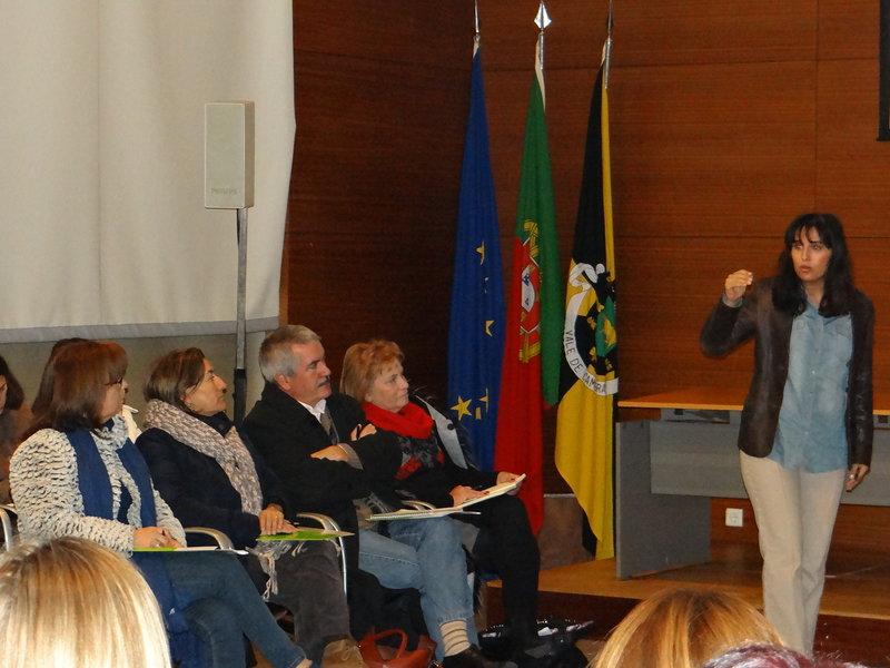 """1ª sessão do Ciclo Fazer Acontecer """"Coaching e Inteligência Emocional"""" encheu auditório da Biblioteca Municipal"""
