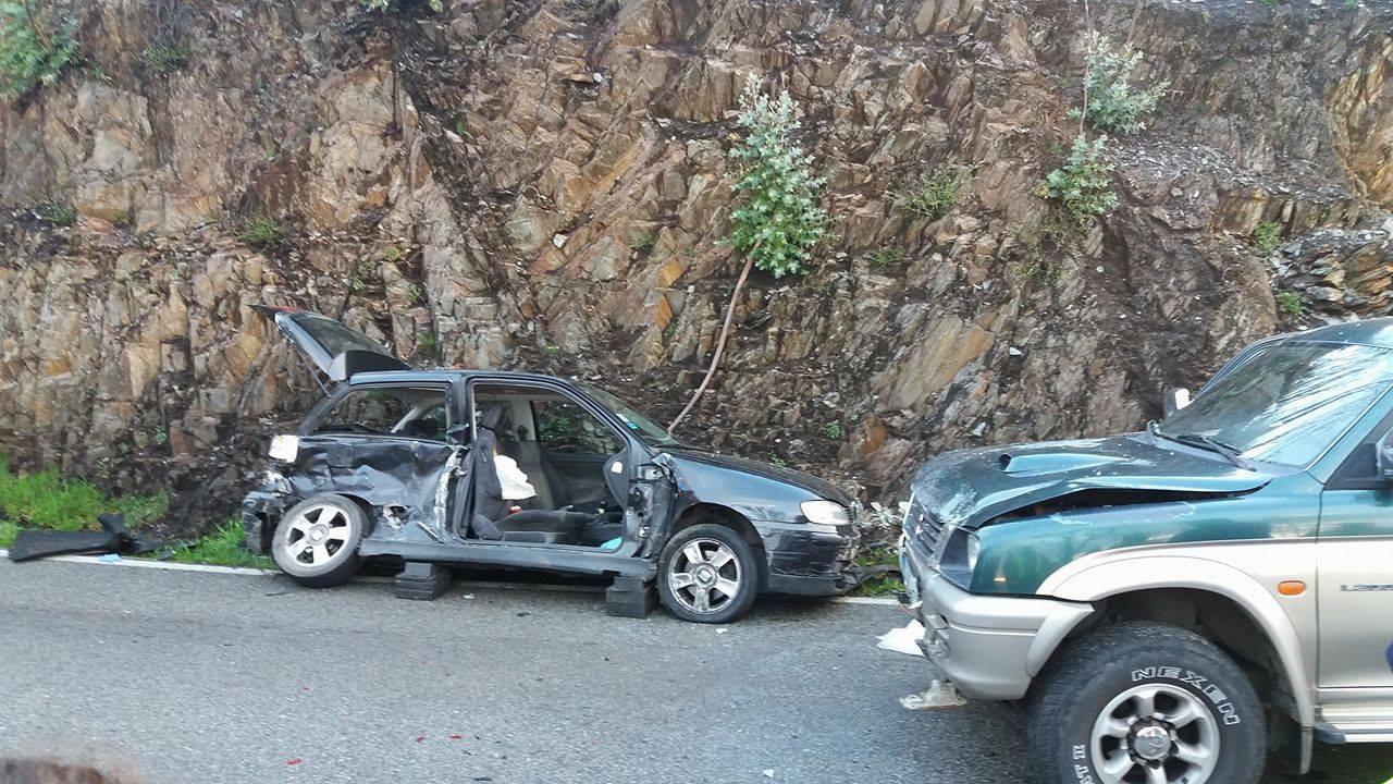Acidente de automóvel resultou num ferido grave