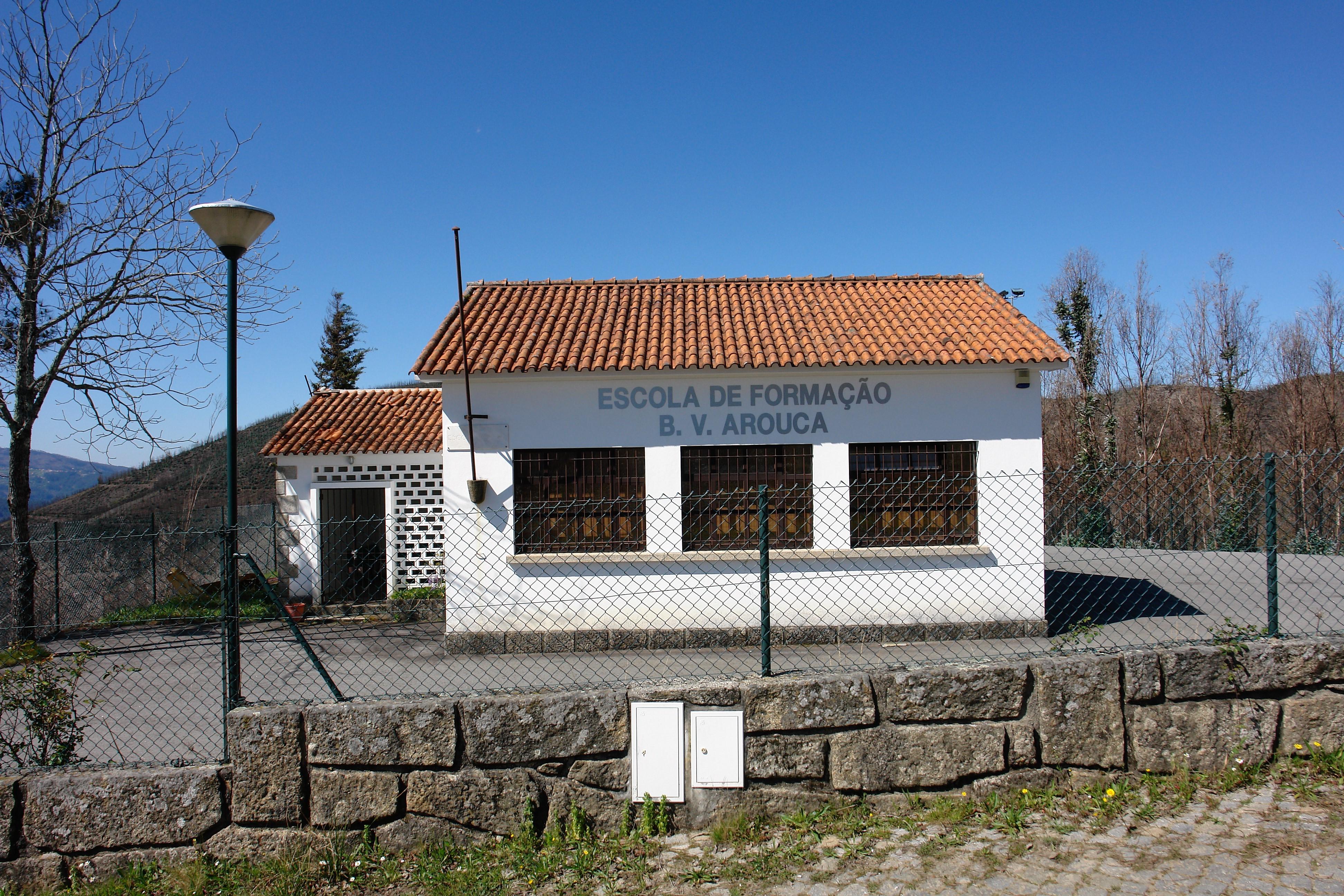 Escola Primária do Gamarão doada aos Bombeiros