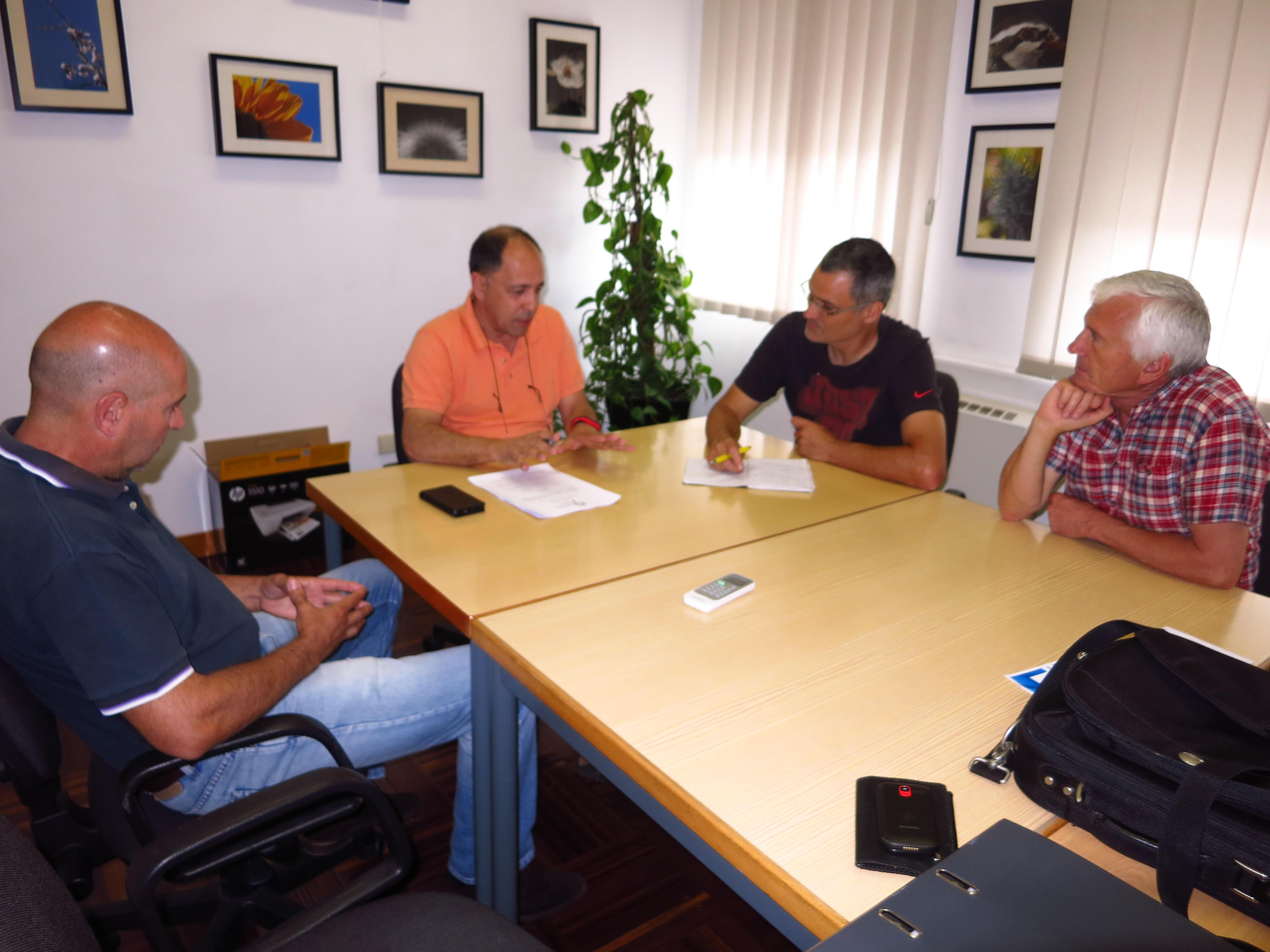 Candidatos da CDU visitaram Agrupamento de Escolas de Escariz