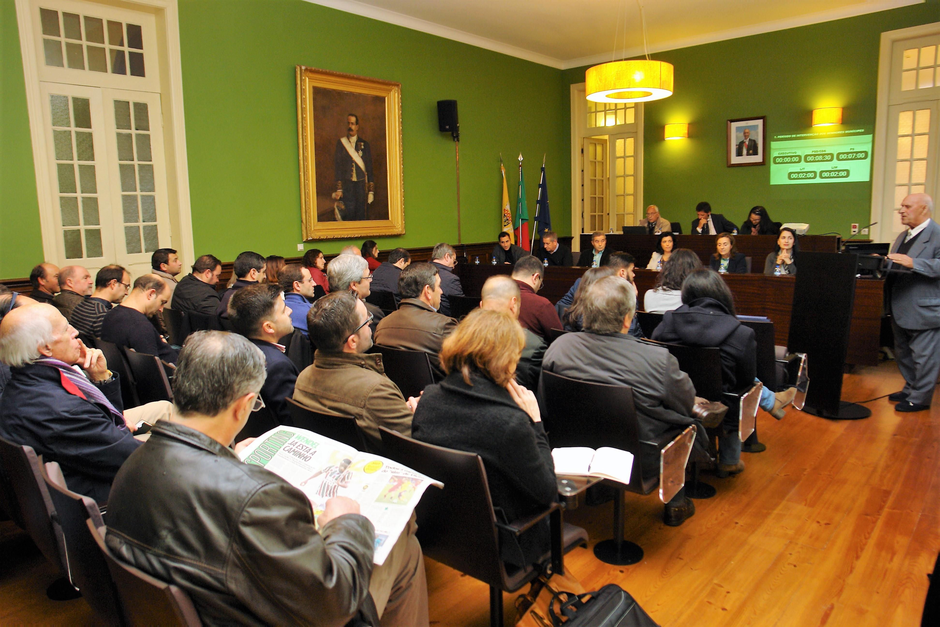 Assembleia Municipal de Arouca: Floresta marca debate numa sessão onde foi defendida a radicalização da luta pela variante
