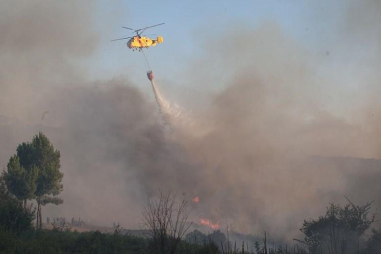 Vale de Cambra recebe um dos primeiros helicópteros alugados para combate a incêndios