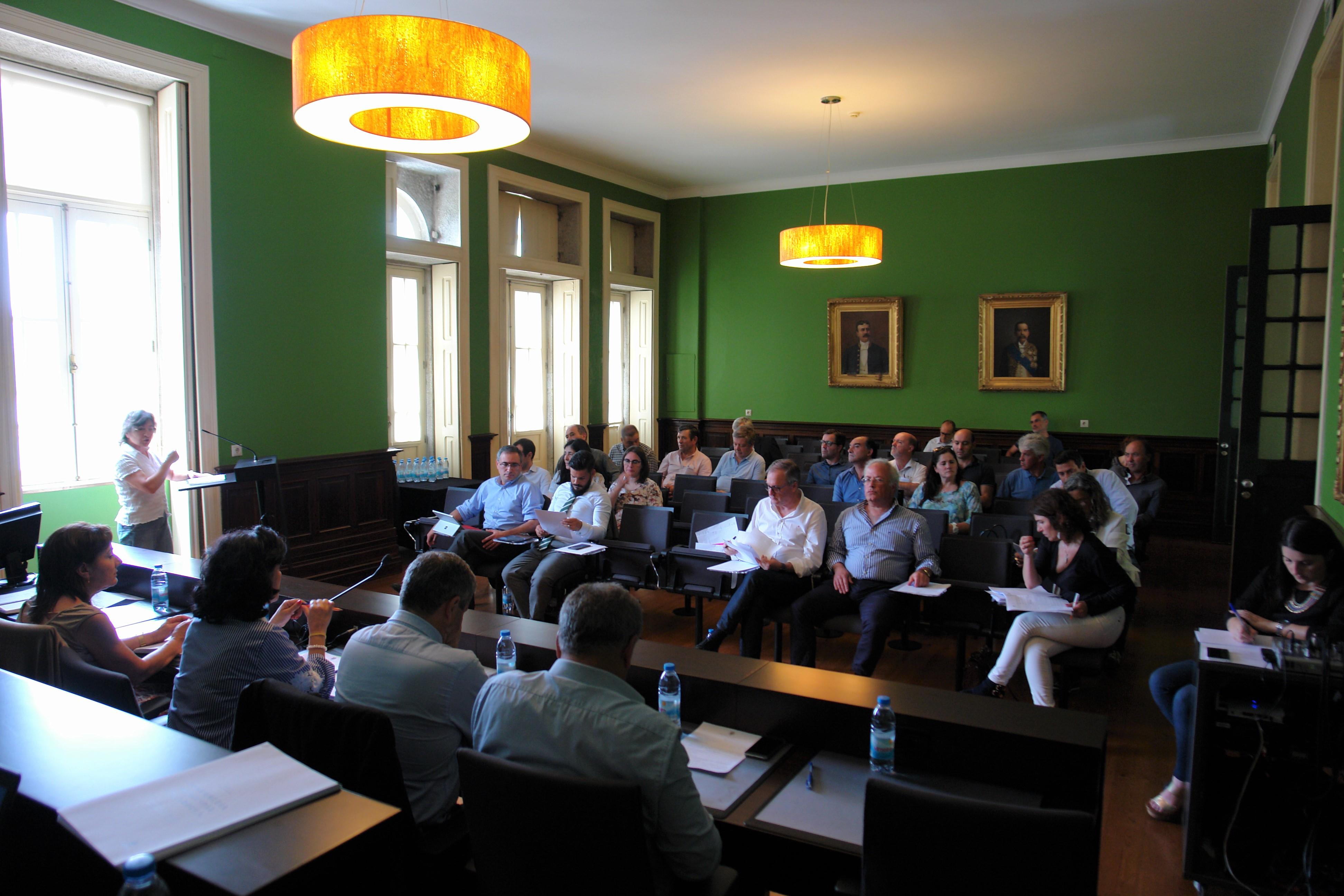 Assembleia Municipal de Arouca: Ambiente e vias de comunicação centraram debate
