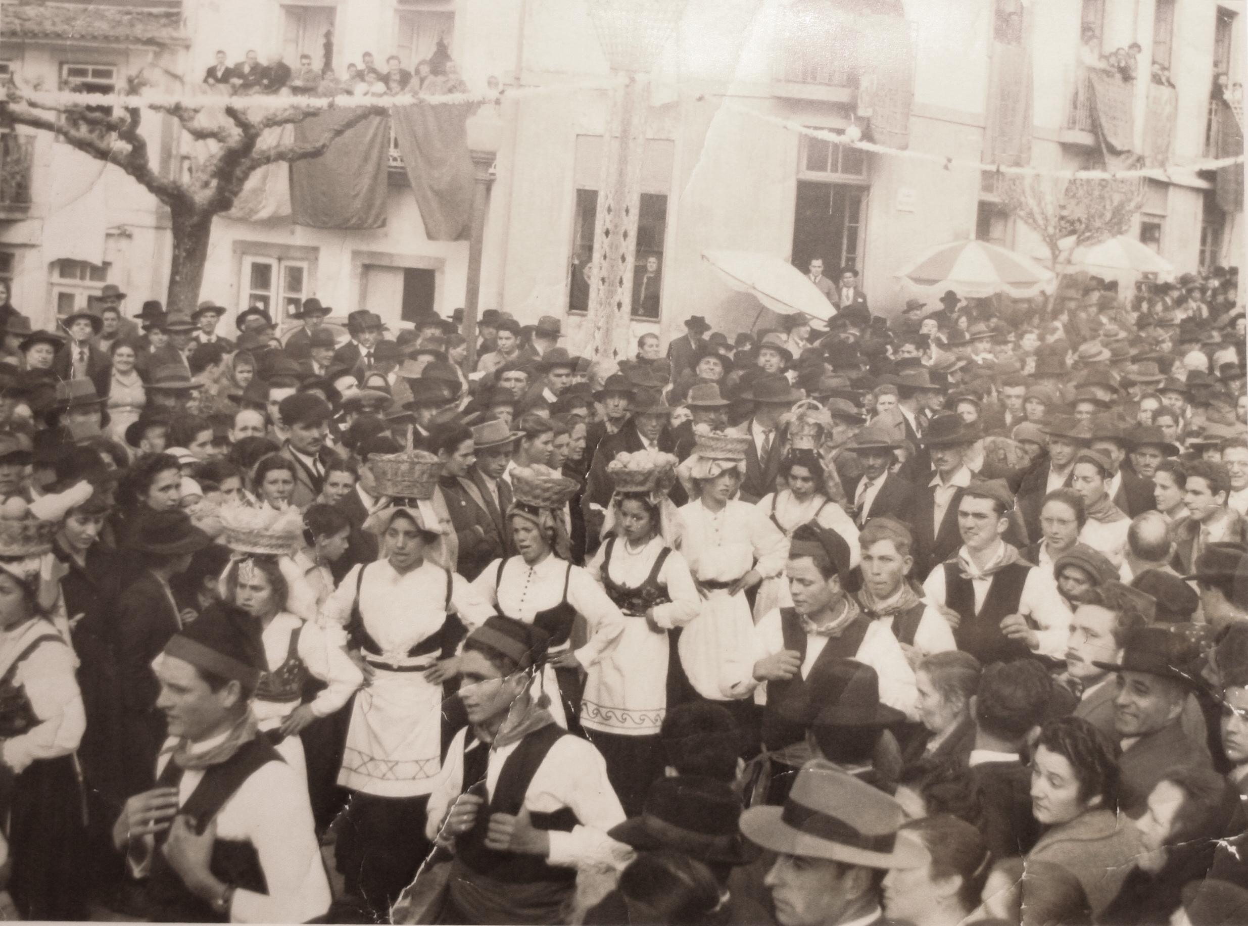 A «festa das multidões» sai à rua amanhã