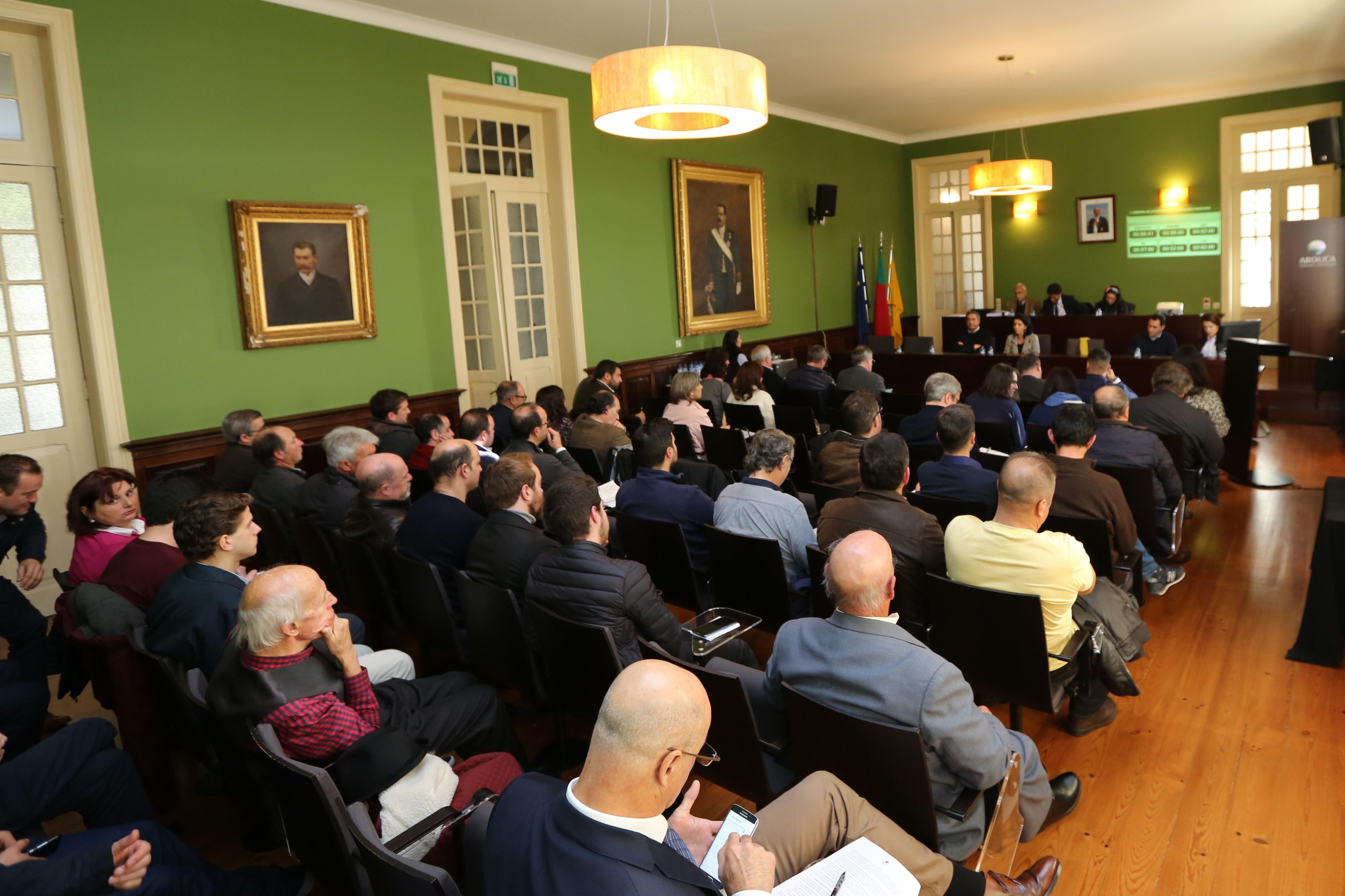 Transferência de competências em decisão nos órgãos autárquicos