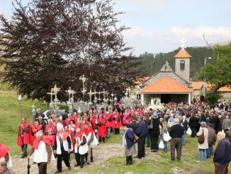 Festa das cruzes na Senhora da Laje decorre esta sexta-feira