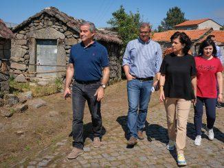 Urrô recebeu Executivo: autarcas analisaram necessidades da freguesia.