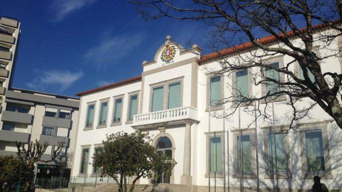 COVID-19: 97 infetados em Vale de Cambra. 51 são da Fundação Luiz Bernardo de Almeida. Ativado Plano de Emergência Municipal.