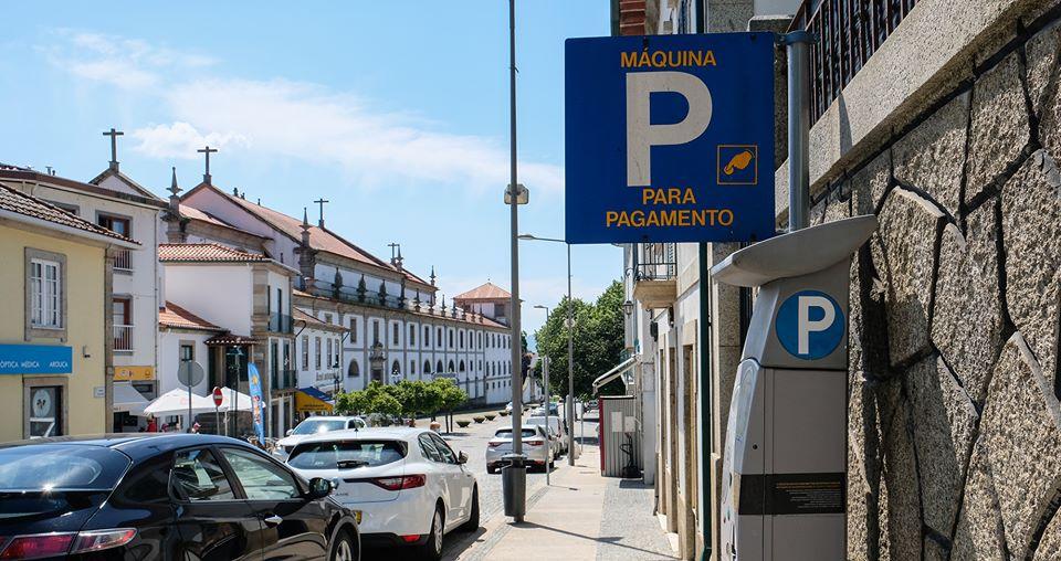Estacionamento volta a ser pago no centro da vila a partir de segunda-feira