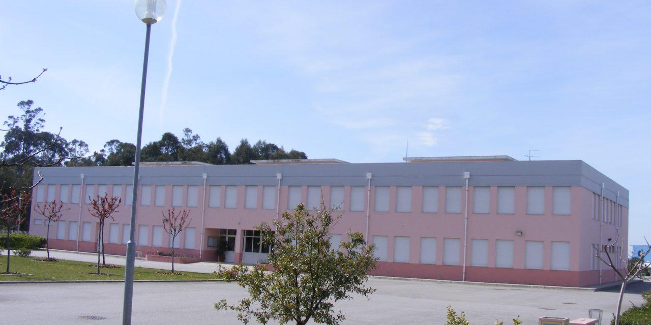 Câmara de Arouca vai retirar amianto da EB 2/3 de Escariz