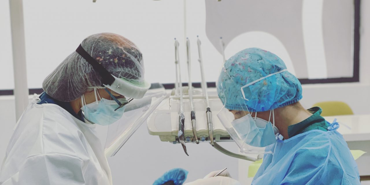 """Clínica Médico Dentária Sorridente: """"Procuramos evoluir constantemente, dando a melhor resposta às necessidades dos nossos pacientes"""""""