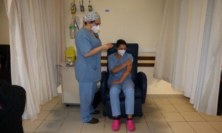 Vacinação no Centro Hospitalar de Entre o Douro e Vouga iniciada ontem