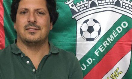 """Pedro Cirne, Presidente da U.D. Fermedo: """"O futuro do futebol distrital está comprometido. Tudo terá de ser reinventado, reorganizado e reconstruido quase do zero quando passar este período pandémico"""""""