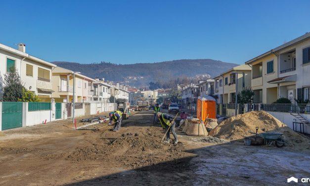Rua Cidade de Poligny em obras