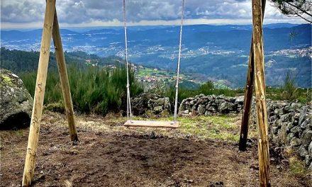 """Novo baloiço panorâmico de Vale de Cambra foi construído por """"pai e filho"""""""