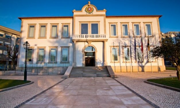 Câmara de Vale de Cambra continua a apoiar as famílias