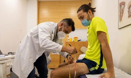 Vários jogadores do Arouca realizaram ontem os habituais exames médicos